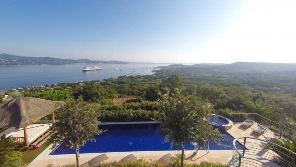 "Villa for rent overlooking St Tropez Bay ""Cerise"""