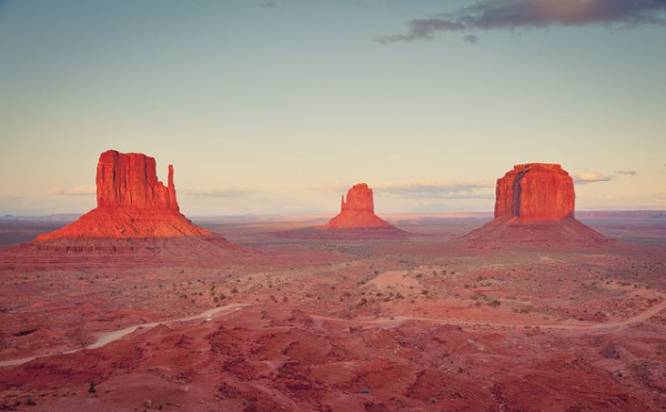 Monument Valley: Unearthly Beauty