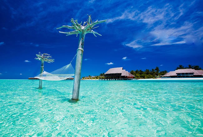 A lagoon hammock sways in the breeze at Anantara Dhigu in the Maldives. Photo courtesy Anantara Dhigu