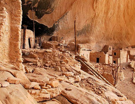 Travel to Mesa Verde National Park Flickr/Alan English