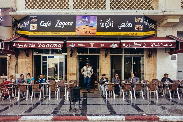 Customers enjoy their nuss-nuss at Cafe Zagora in Morocco. Flickr/Benson Kua