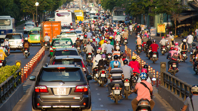 Busy street in Ho Chi Minh City, Vietnam. Flickr/Adnan Yahya