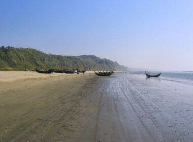 Cox's Bazar near the Bakkhali River Estuary. Photo by Flickr/eutrophication&hypoxia