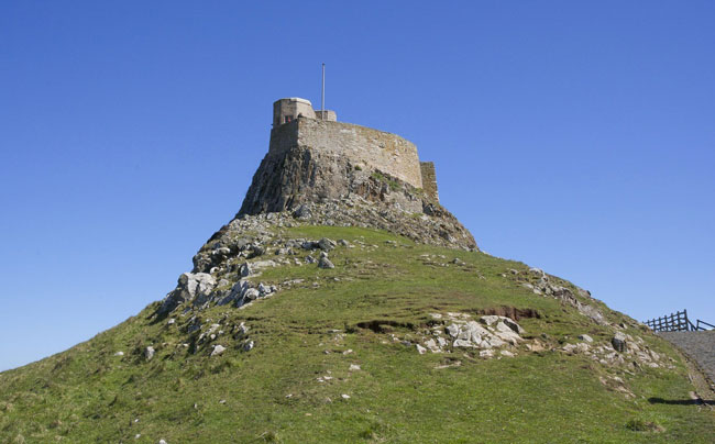 Trail to Lindisfarne Nature Reserve