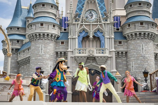 """The new show """"Mickey's Royal Friendship Faire,"""" presents Mickey Mouse and his troupe of Merry Makers. Photo by Ryan Wendler"""