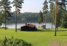 A smoke sauna along the shore of Lake Saimaa. Photo by Janna Graber