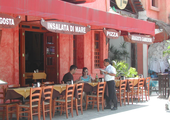 Patio dining at a restaurant in Playa del Carmen. Photo by Janna Graber