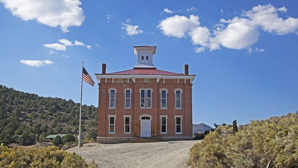 The old courthouse in Belmont. Photo by Sydney Martinez/TravelNevada