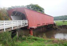 Iowa Hogback Bridge in Madison County. Photo by Diana Lambdin Meyer