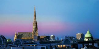 What to Do in Vienna. St. Stephen's Cathedral stands above the city. ©WienTourismus / W. Hofmann