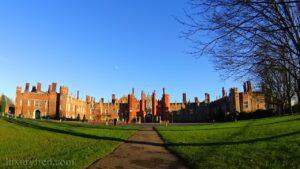 London Day Trip to Hampton Court Palace