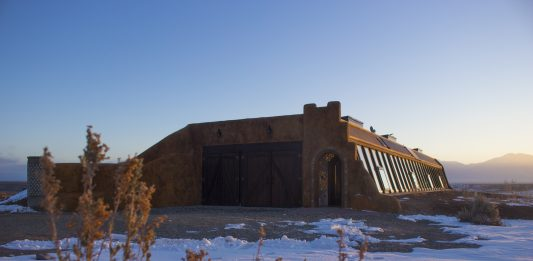 Overnight in an Earthship: Sustainable Voyage in Taos