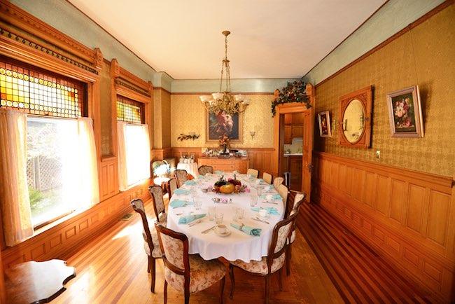 Dining Room, Photo courtesy of NagleWarren Mansion