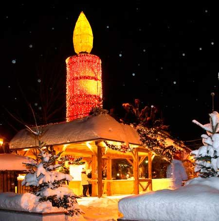 The Christmas market in St. Gilgen, Austria. Photo by Austria Tourist Office