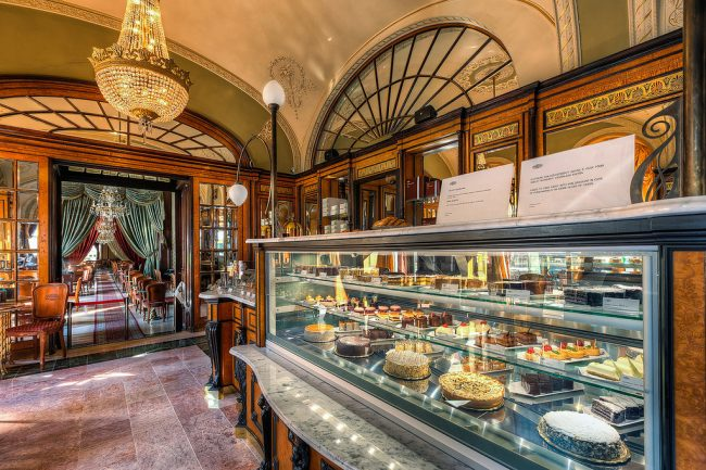 Best coffeehouses in Budapest - Cafe Gebreaud in Budapest is known for their scrumptious pastries. Flickr/Miroslav Petrasko