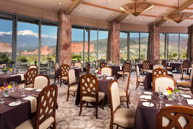 Grand View Dining Room, photo courtesy of Garden of the Gods Resort