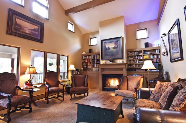 Living Room, photo courtesy of Frisco Inn on Galena