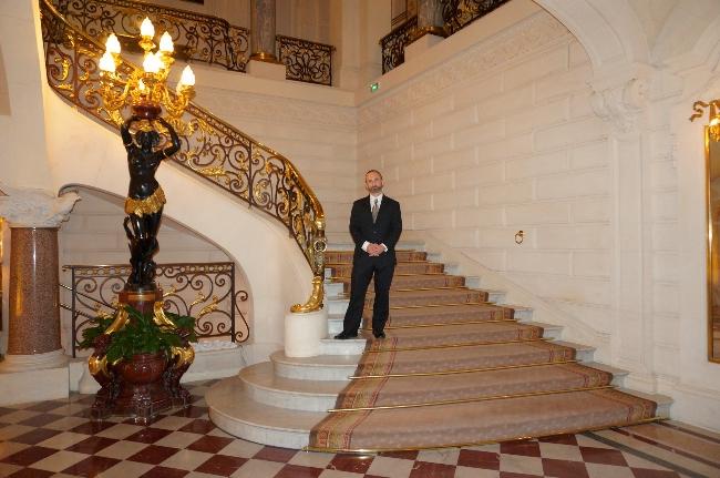 Shangri-La Paris staircase