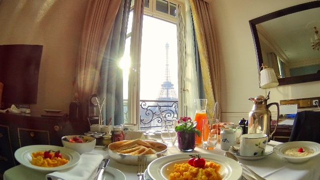 Eiffel Tower breakfast view