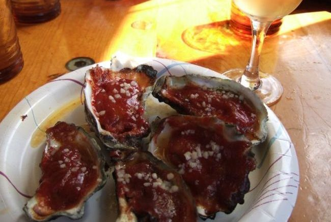 BBQ Oysters at Tonys in Marshall, California. Flickr/tokyofoodcast