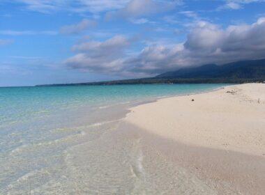Beach at Camiguin Island. Photo by Wenche Thorkildsen