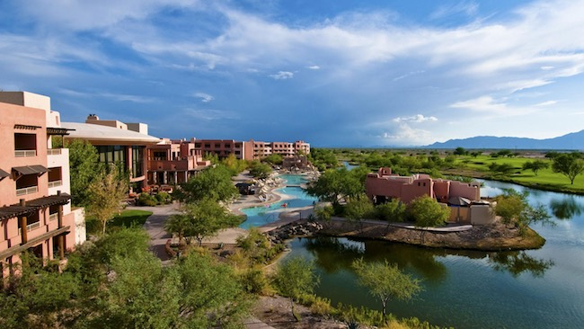 The grounds of Sheraton Grand at Wild Horse Pass. Photo courtesy of Sheraton Grand