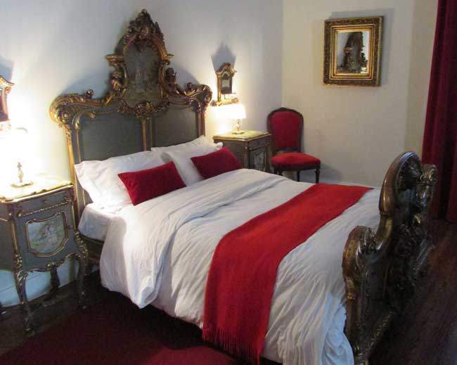 Guest room at Estancia La Candelaria. Photo by Joe David