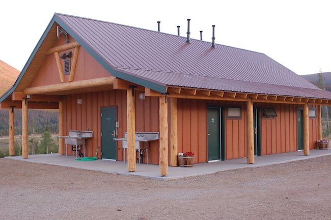 Yurt Village bathhouse at Snow Mountain Ranch. Photo courtesy of YMCA of the Rockies
