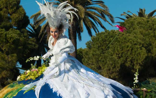 The Bataille des Fleurs Battle of the Flower Parade at Carnival in Nice, France. Flickr/Mark Fischer