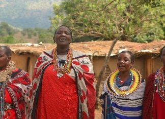 Maasai women singers