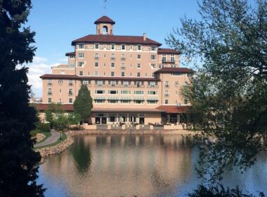 The Broadmoor main building and lake. Photo by Claudia Carbone