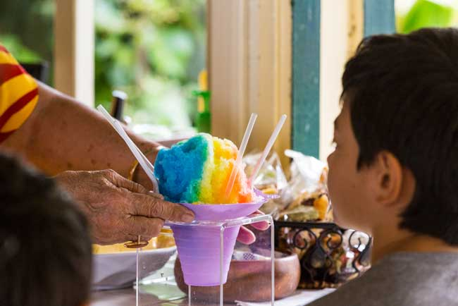 Hawaiian shave ice. Credit Hawaii Tourism Authority (HTA) / Tor Johnson