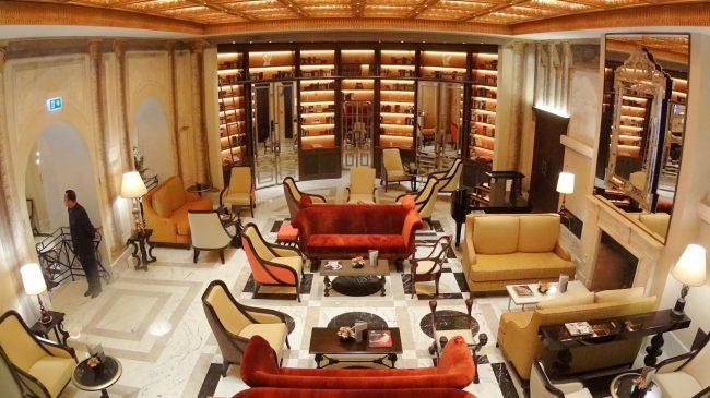 Hotel Eden Rome lobby