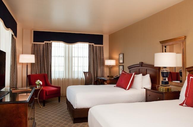 Corner double room at Hotel Roanoke. Photo courtesy of Hotel Roanoke
