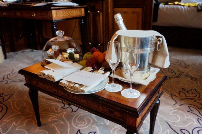 Luxury hotel amenities in Milan