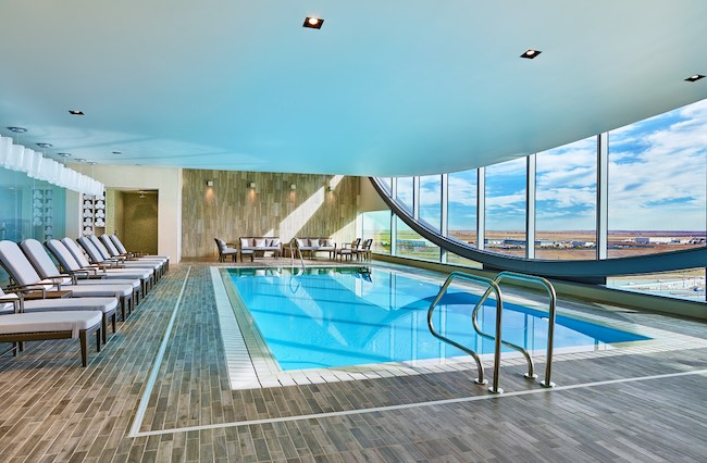 Top-floor indoor pool and hot tub. Photo courtesy of Westin DIA