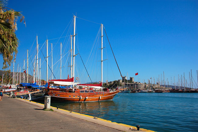 Wooden sail boats in the harbor in Bodrum, Turkey. Flickr/Ming-yen Hsu