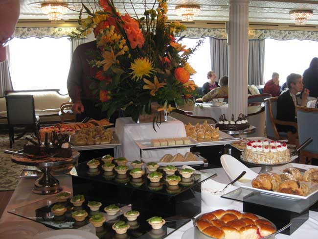 Great Lakes Cruise - Enjoying High Tea on the Victory 1. Photo by Pat Woods