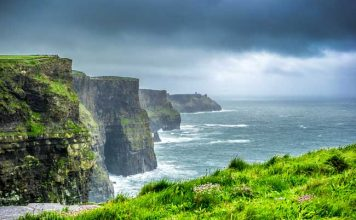 The Cliffs of Moher are one of nature's top attractions in Ireland. Flickr/ Giuseppe Milo