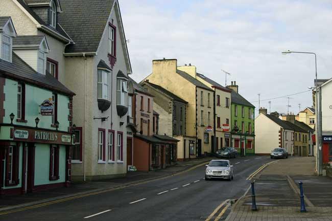 Driving in Ireland. Flickr/Shannon Hurst Lane