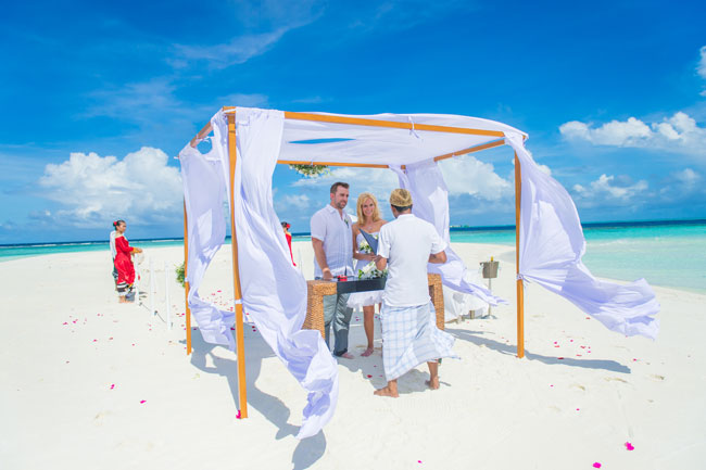 Eloping to the Maldives: A Bucket List Wedding