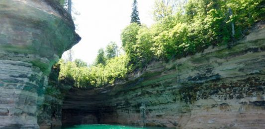 Pictured Rocks National Lakeshore: Unexpected Michigan