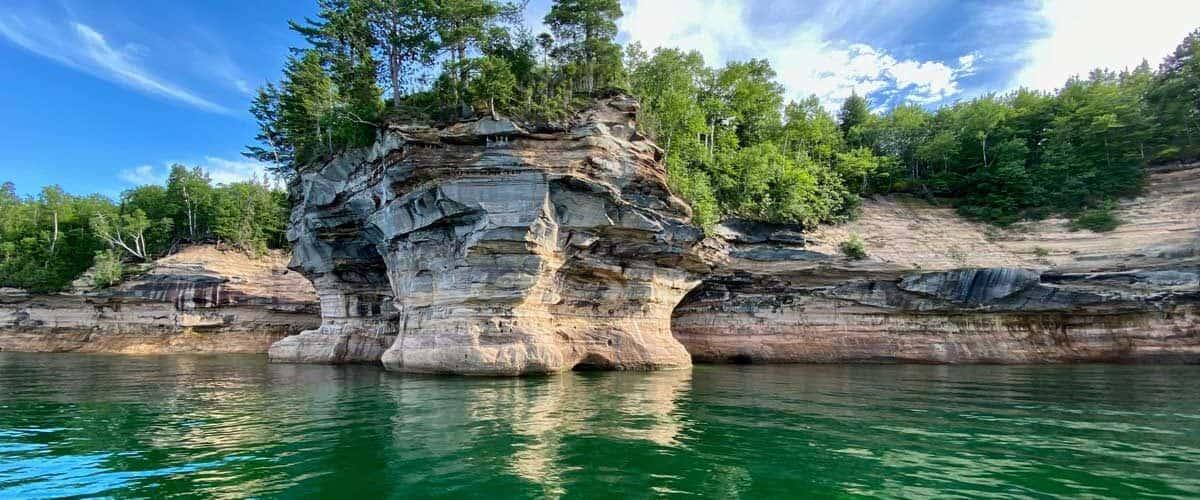 Pictured rocks national landshore