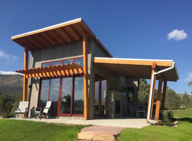 Luxury cabin near Royal Gorge. Photo by Claudia Carbone