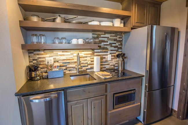 Compact kitchen in Royal Gorge Cabin. Photo courtesy of Echo Canyon River Expeditions.