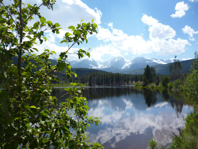 Colorado, Rocky Mountain National Park, Estes Park. Sprague Lake. Photo by Linda Ballou