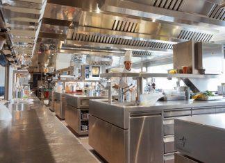 Hotel Eden Rome kitchen