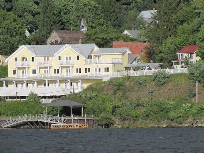 The Rhinecliff on the banks of the Hudson River. Photo courtesy of The Rhinecliff