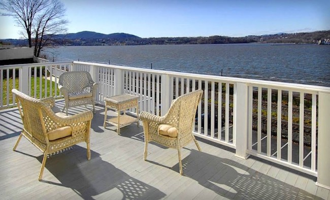 Patio overlooking the Hudson River. Photo courtesy of The Rhinecliff
