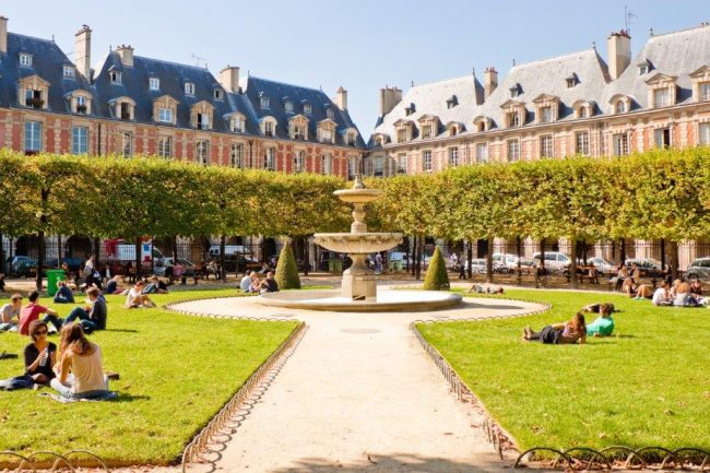 Place des Vosges in Marais. Photo by Victor Block